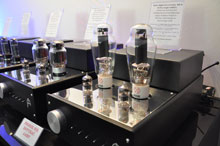 London Audioworld 12